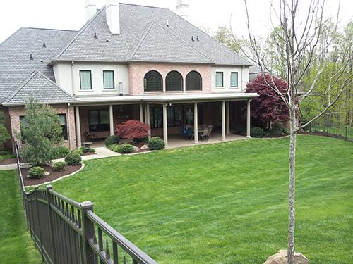Residential Yard Landscape