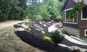 Black Mulch Rockscape
