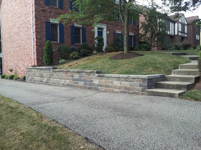 Versa-Lok Driveway Wall